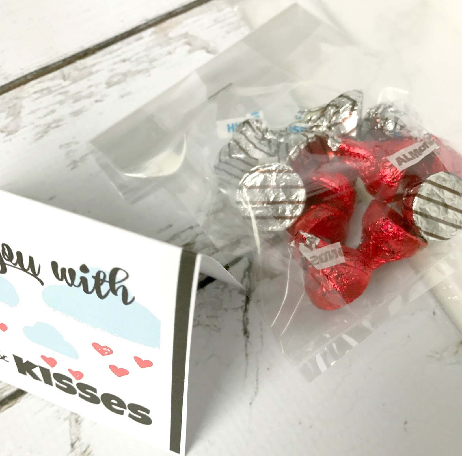 Michelle Paige Blogs Showering You With Kisses Valentine Printable