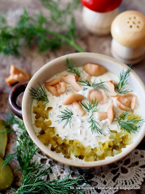 najlepszy sos tatarski, sos do wedlin, sos do jajek, wielkanoc, potrawy wielkanocne, sosy, sos majonezowy, grzybki w occie, grzyby marynowane, ogórki konserwowe, wielkanocny stol, jak zrobic sos tatarski