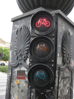 Cool bike crossing light