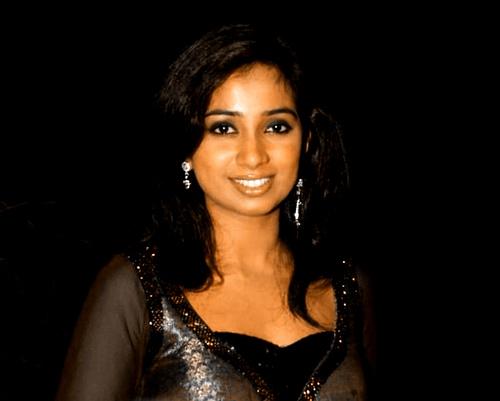 Shreya Ghoshal Sexy Hot Photos Stills