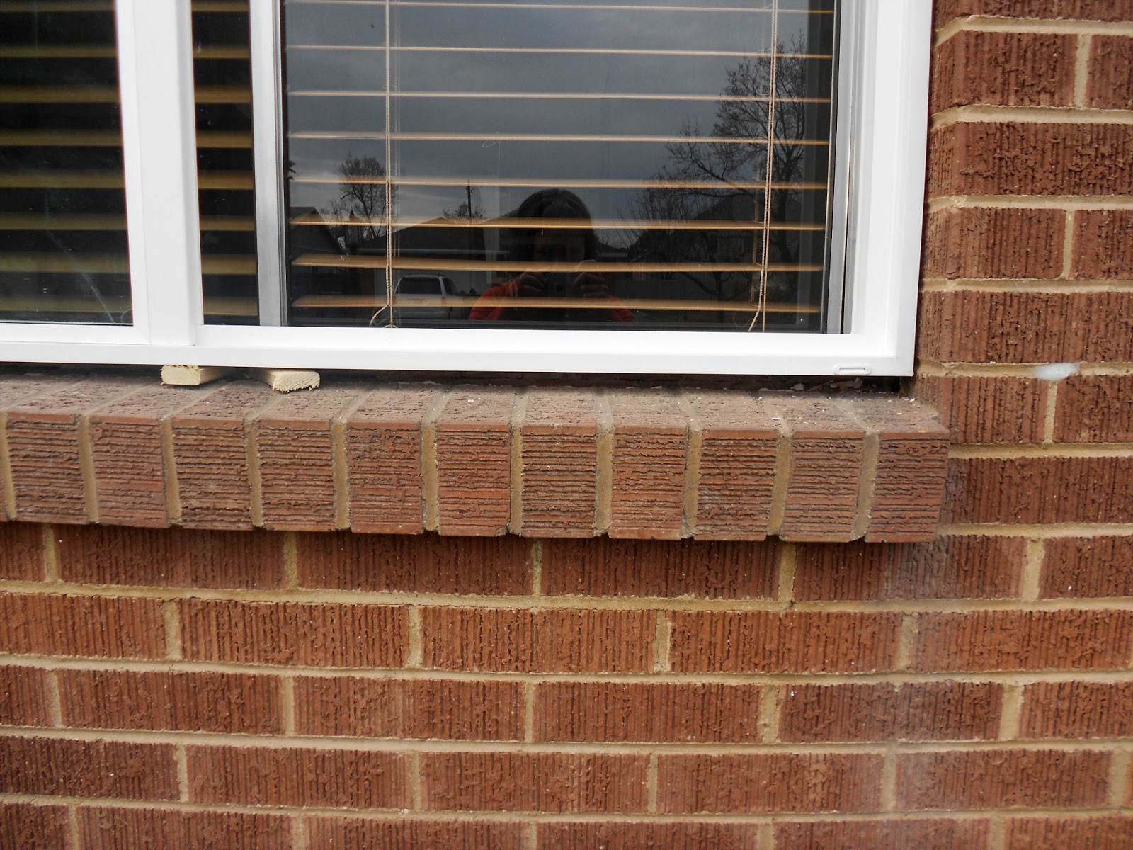 Outside windows finished - What kind of caulk for exterior windows ...