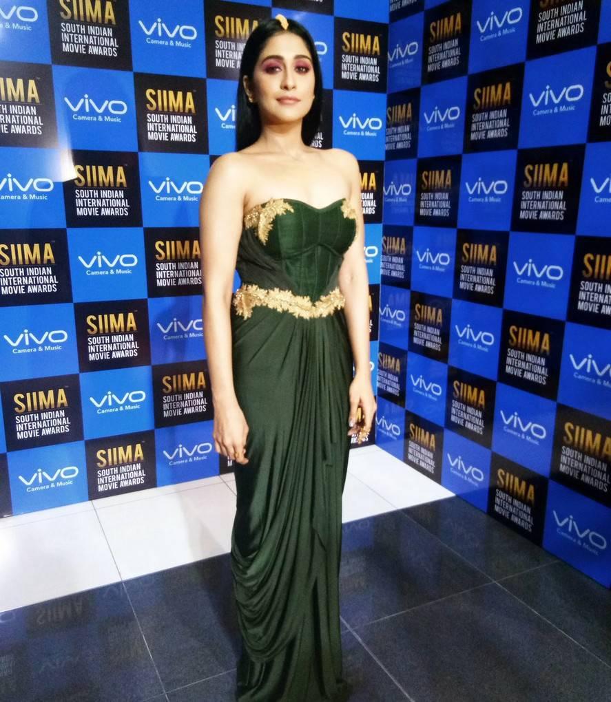 Actress Regina Cassandra Photos At SIIMA Awards 2017 In Green Gown