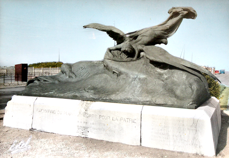 Monument Le Pluviôse in Calais, France.