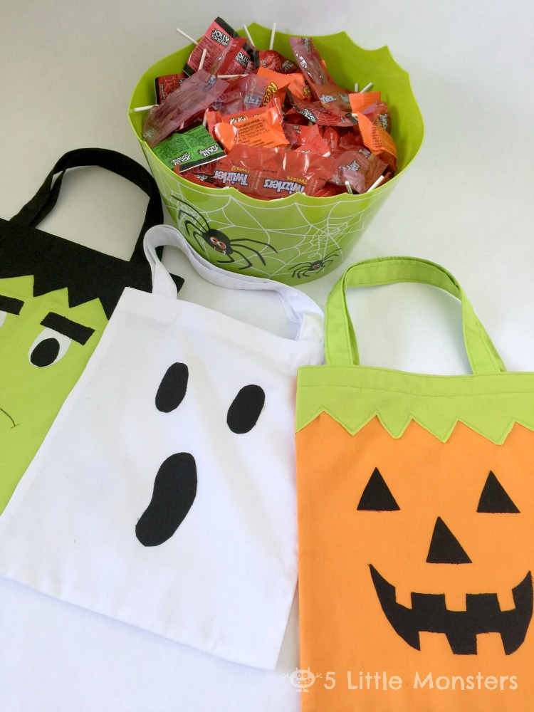 DIY Trick or Treat bags, a pumpkin, a ghost and a Frankenstein #trickorsweet #ad