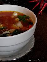 http://czerrrwonaporzeczka.blogspot.com/2015/12/pomidorowa-zupa-rybna.html