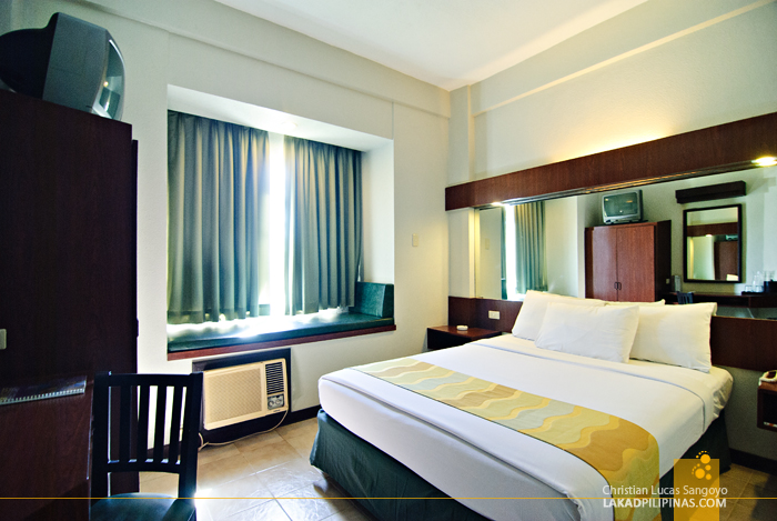 Room for Two at Microtel Luisita Tarlac