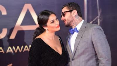 شاهد .. جدل واسع بسبب صورة أحمد الفيشاوي وزوجته
