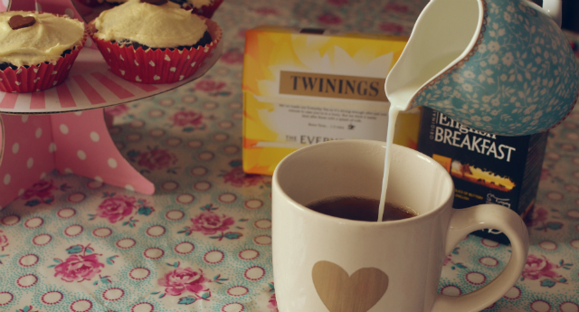Twinings-tea-party