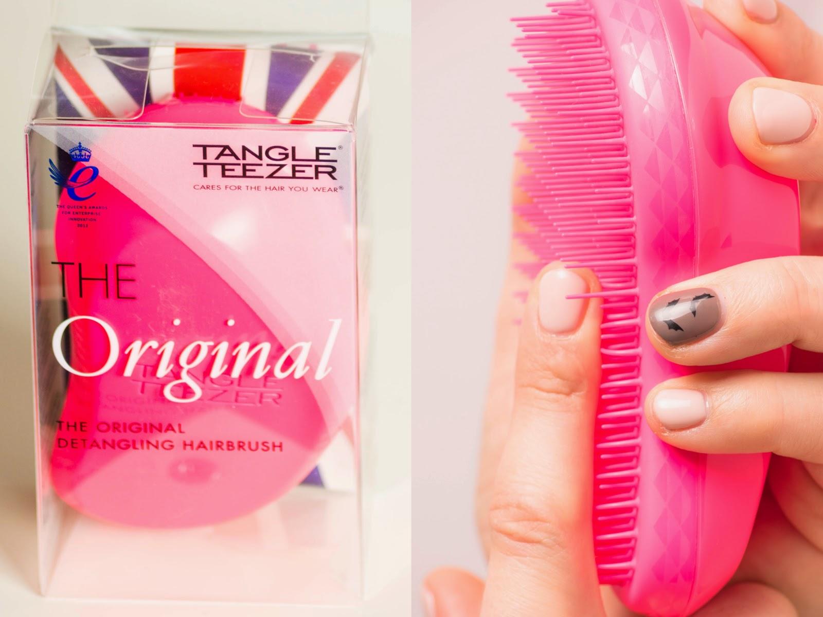 Tangle Teezer pink.
