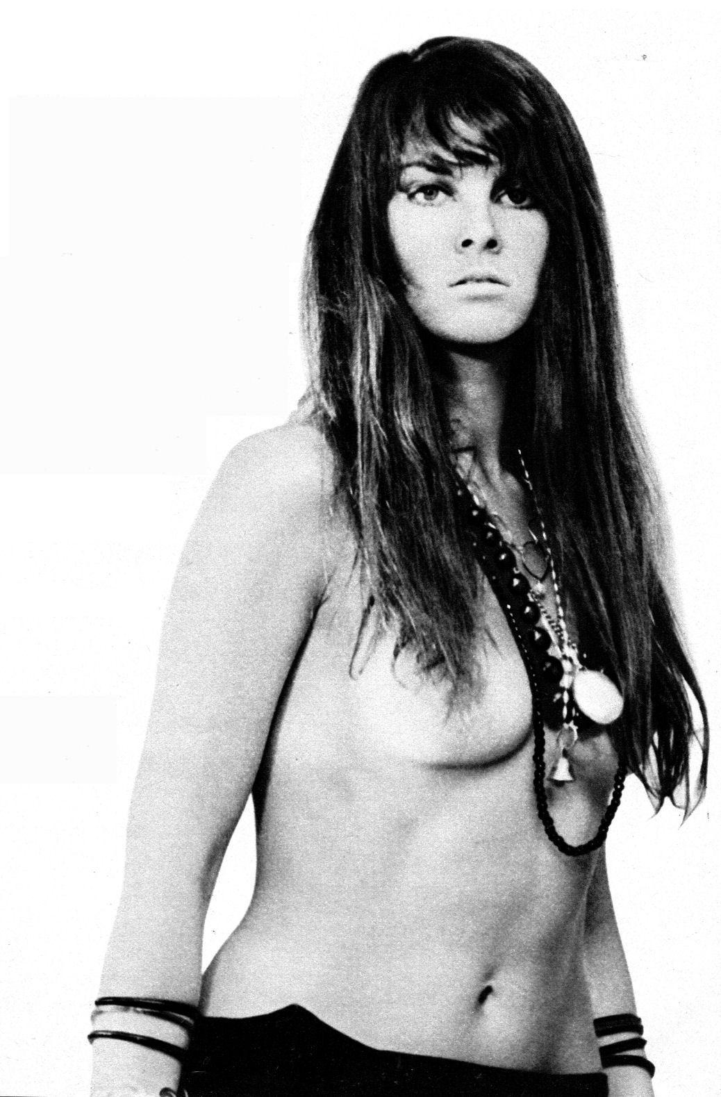 Carmella decesare nude pic