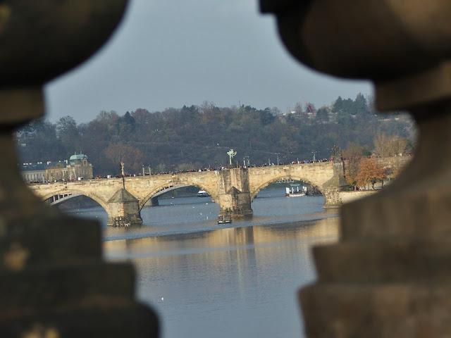 Most Karola, czyli praskie pragułki