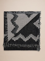 Fall Fashion Favourites Aritzia Wilfred Diamond Mosaic Blanket Scarf