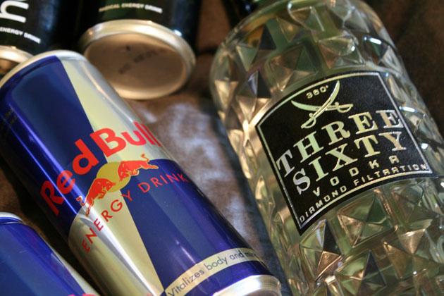 Bebidas energéticas: ¿qué llevan? ¿son peligrosas para nuestra salud?