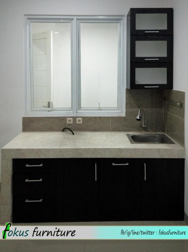 Lemari pintu geser dan kitchen set di bintaro furniture for Lemari kitchen