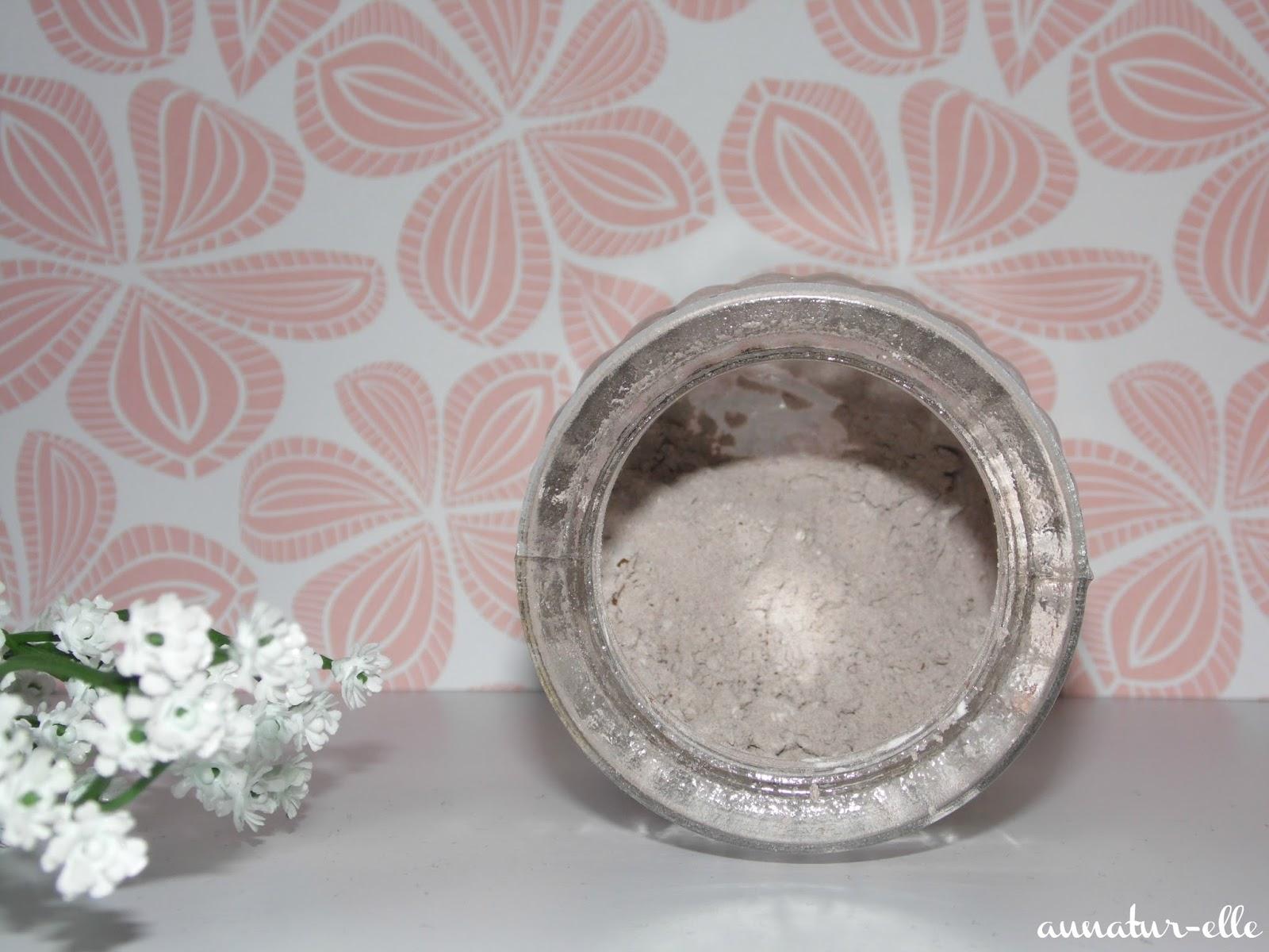 comment faire un shampoing sec maison ventana blog. Black Bedroom Furniture Sets. Home Design Ideas