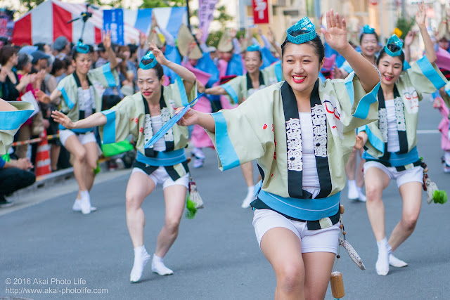 マロニエ祭り、志留波阿連の女性の男踊り その1