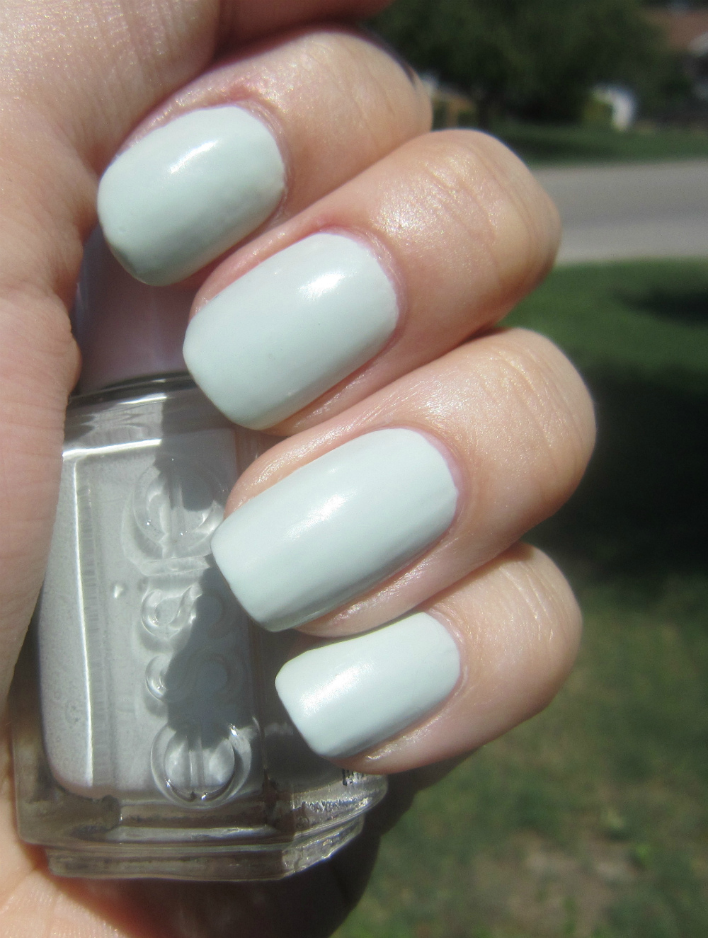 Essie Pale Pink Comparison Ballet Slippers Minimalistic: Concrete And Nail Polish: Essie Absolutely Shore