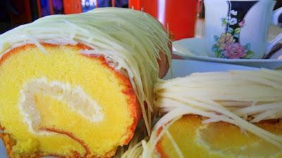 toko oleh oleh khas balikpapan gulung jenebora double cheese