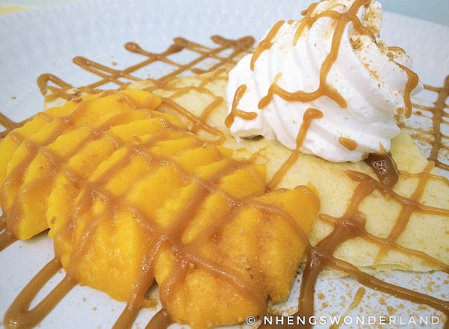Cafe Mermania - Mango Caramel Crepe