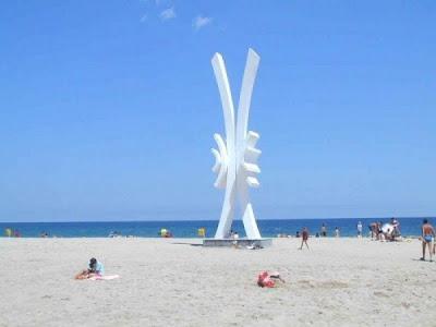 poze obelisc costinesti plaja