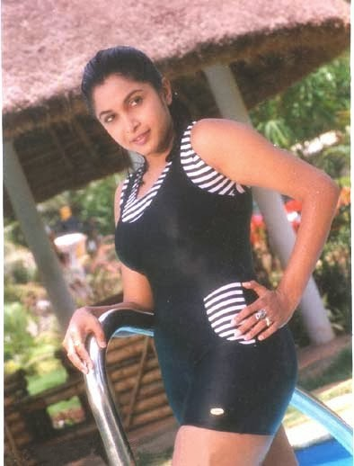 Gusa Gusa Ramya Krishna Hot Pics-9238