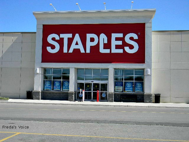 Center Mall location & Staples Big Chair Event