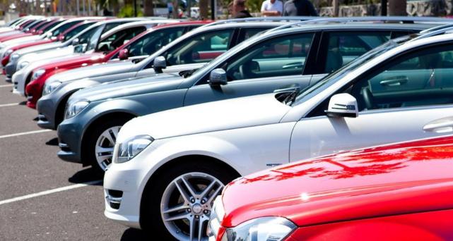 Украинцы теряют интерес к новым авто: продажи резко упали