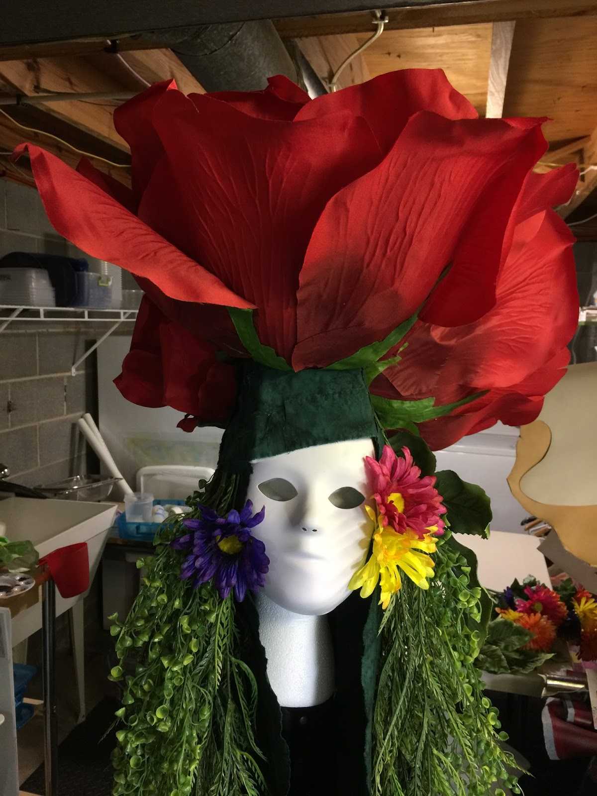 The Free Motion Quilting Project: Flower Mask and Death to the Deck
