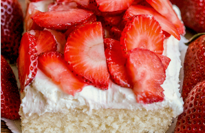 STRAWBERRY SHORTCAKE BARS #strawberry #cake
