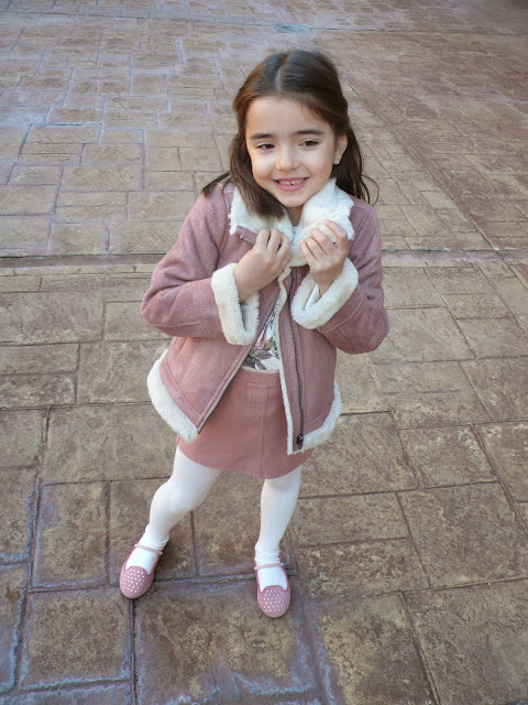 Pequeña Fashionista outfit