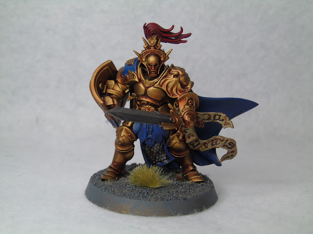 knight-questor aos stormcast hero gold blue