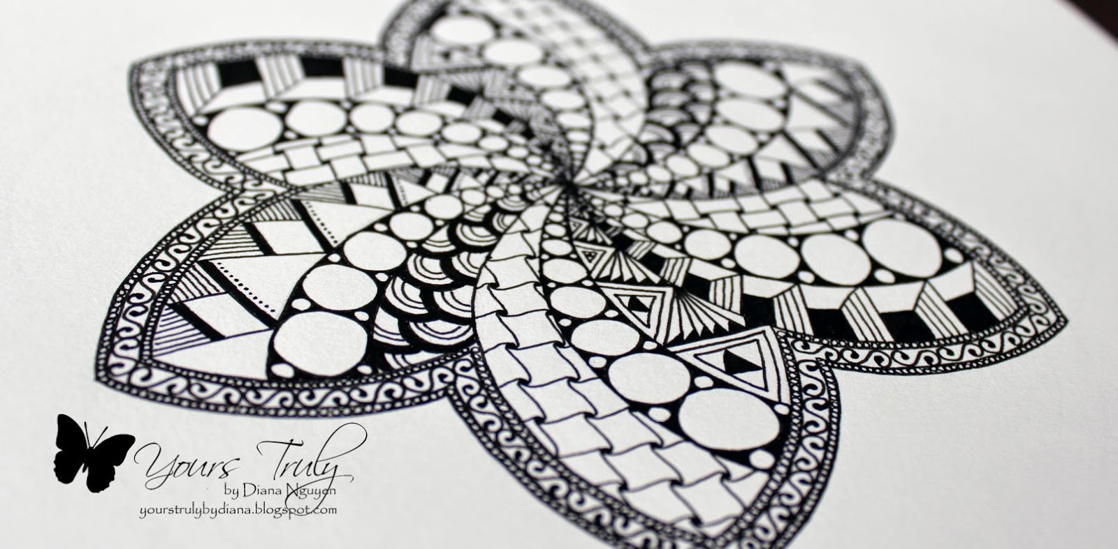 Zentangle, compass, Diana Nguyen