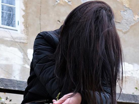 «Она будет раздеваться!»: свидетель рассказал об изнасиловании сверстницами омской школьницы