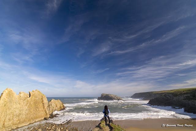Playa de la Arnía en la Costa Quebrada - Cantabria, por El Guisante Verde Project