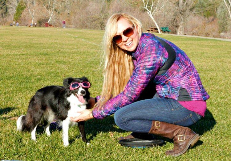 Roni Di Lullo tasarladığı köpek gözlükleriyle kısa sürede şirket sahibi olmuştu.
