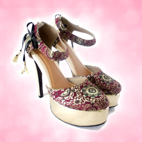High heels platform untuk menaklukkan orang