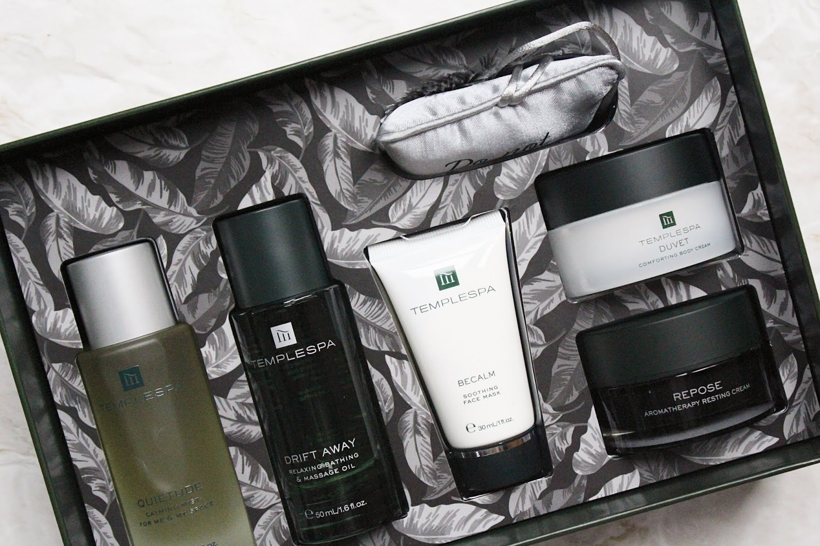 Temple Spa Do Not Disturb Gift Set
