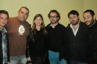 Eleonora Jaureguiberry junto a músicos de San Isidro