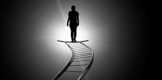 Merdiven, Kadın, Umutsuz