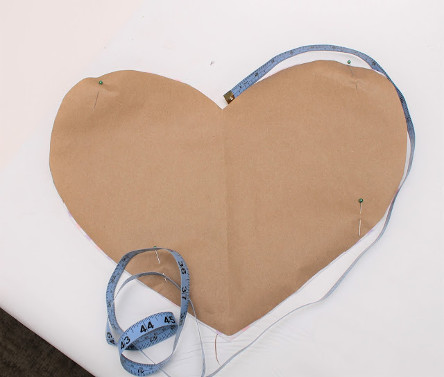 Heart paper pattern and tape measure