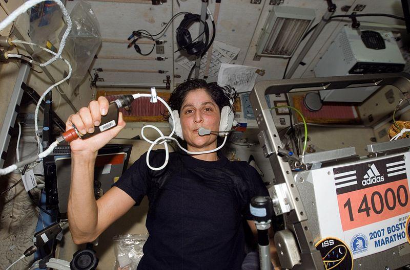 longest female astronaut in space - photo #37