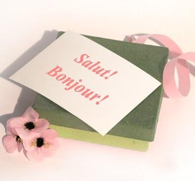 http://monde.bonjourdumonde.com/exercices/contenu/ecrire-une-carte-postale-de-vacances.html