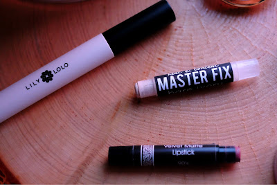 Parlo Cosmetics Master Fix in Bare Ivory, Lily Lolo Mascara, and Silk Naturals Velvet Matte Lipstick in 90's
