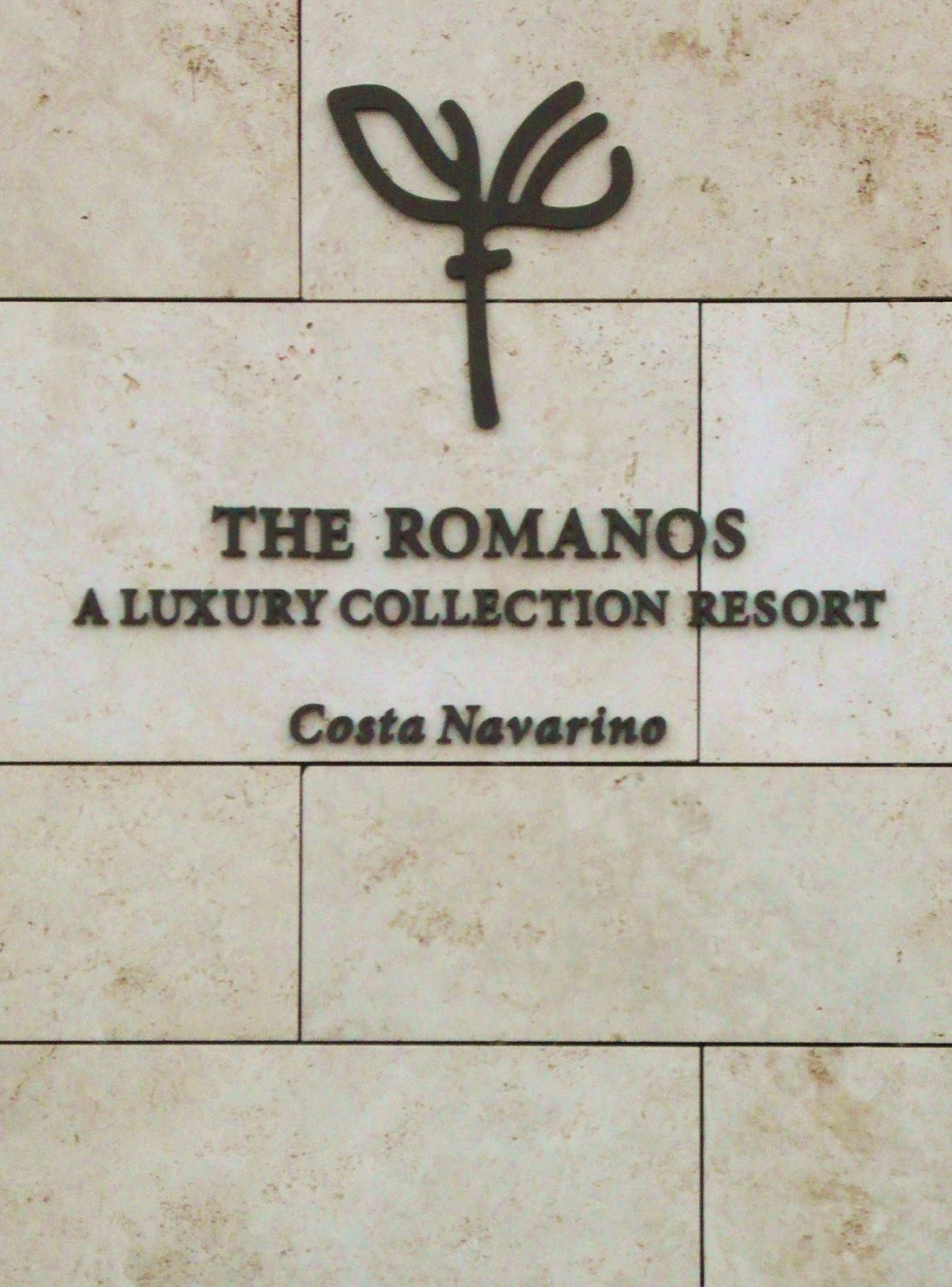 ROMANOS Choice: Luxury Hotel