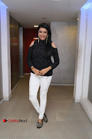 Kollywood Celebrities Pos at Inayathalam Premiere Show .COM 0008.jpg
