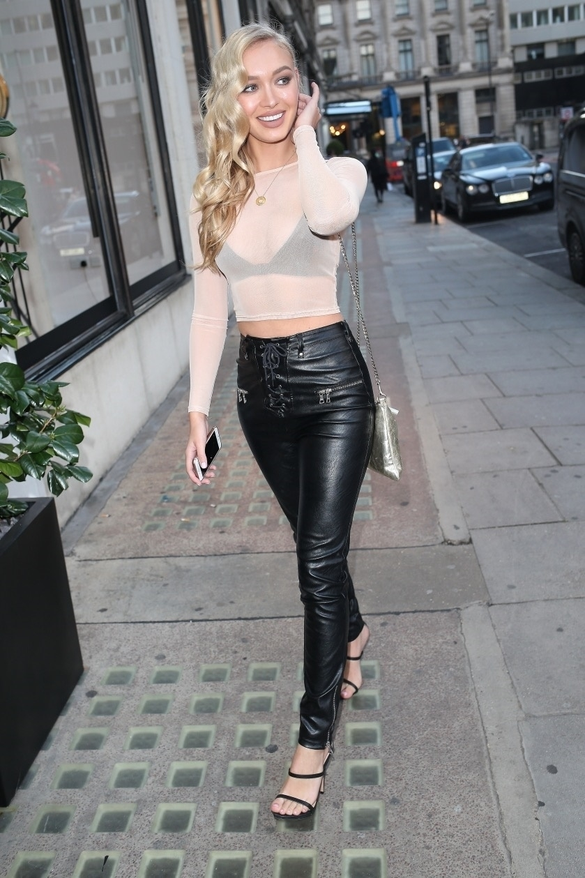 Lovely Ladies In Leather Roxy Horner In Leather Pants-7787