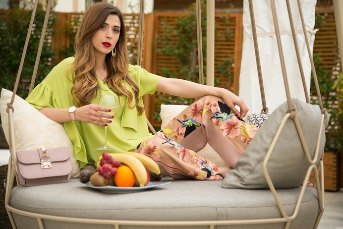 Tropical Fever: pantaloni a fantasia tropicale