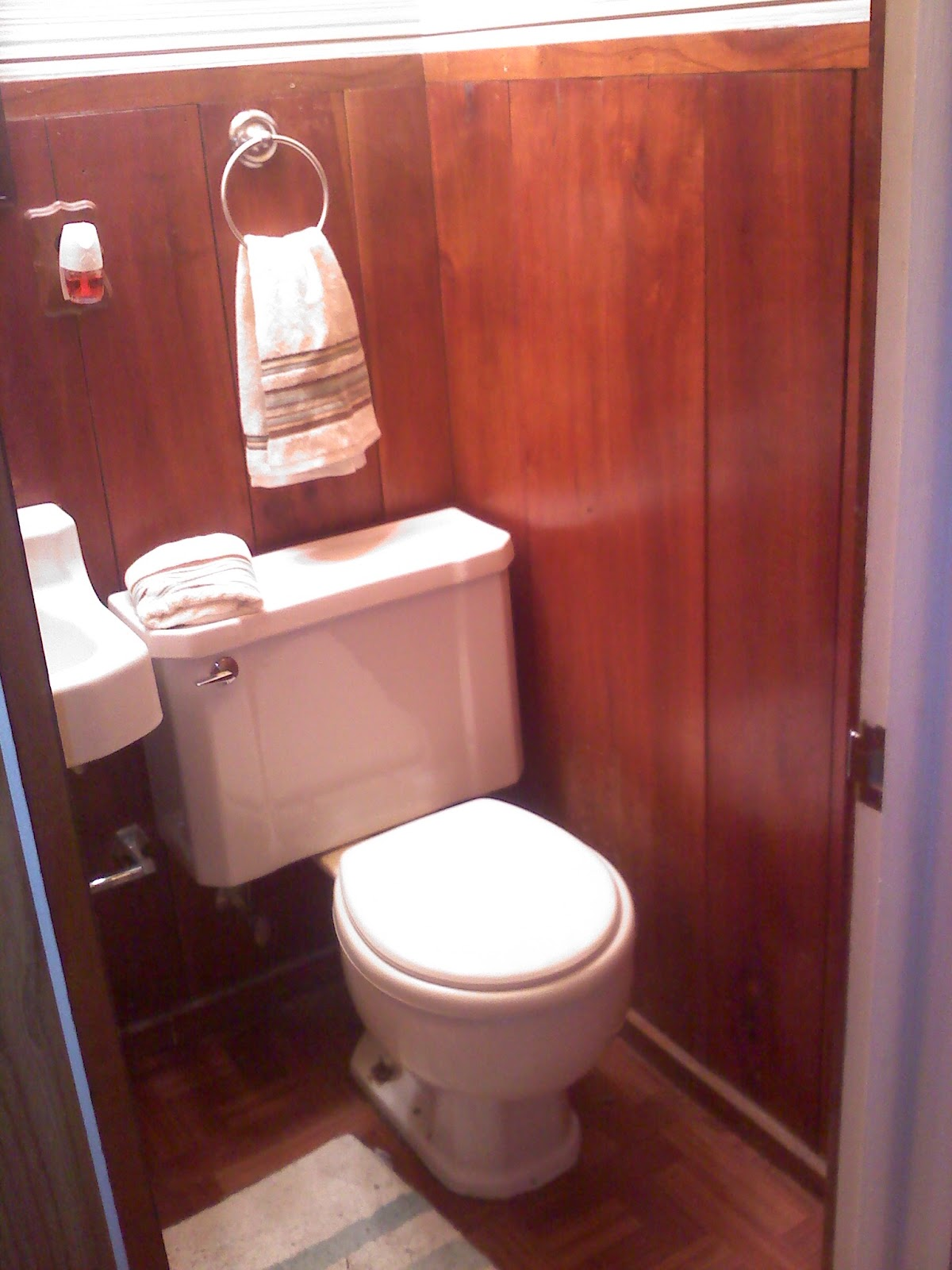 The Smart Momma: Half Bathroom Remodel for Under $1000