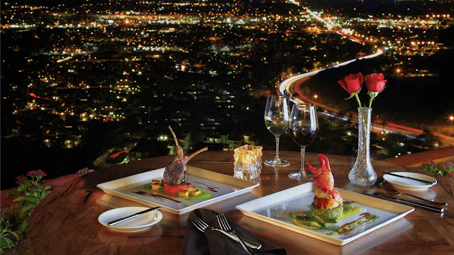romantic-dinner-city-lights-view
