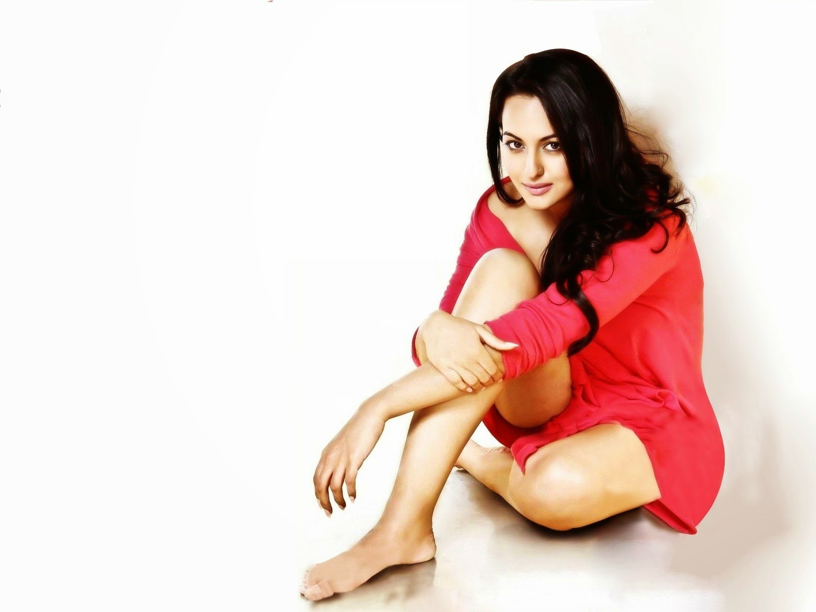 Free Download Bollywood Actress Sonakshi Sinha Full Hd Hot -1821